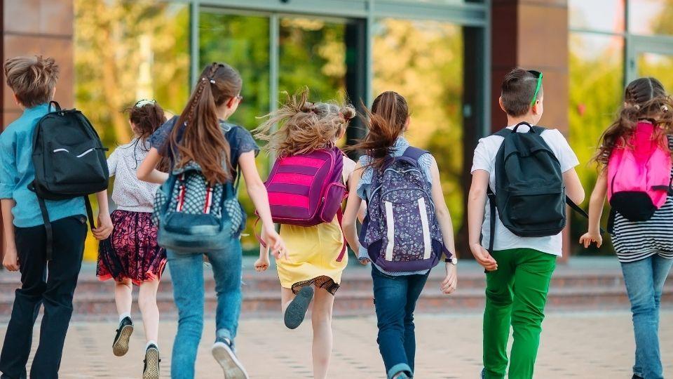 Scuola e vestiti: come igienizzarli